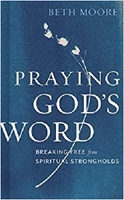 Picture of Praying Gods Word